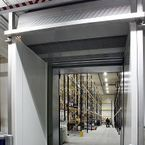 Biddle MAT promotes easier logistics thanks to its climate separation system, for installation above open doors